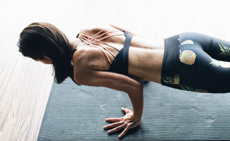 Who said only gyms can get the perfect body? Simple Quick Exercises to get your Dream Body